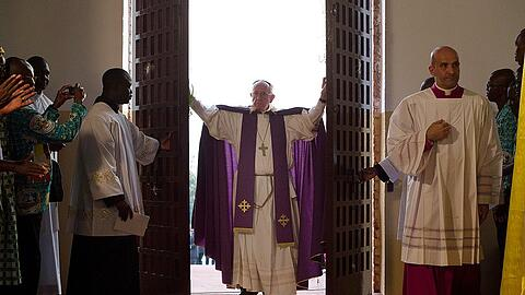 Pope Francis Opens Holy Door At Mass In Bangui Cathedral