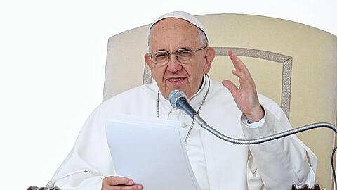Pope Francis Wednesday General  Audience - June 1 2016